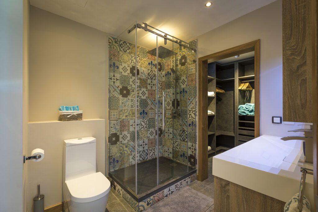 KotNor bathroom2