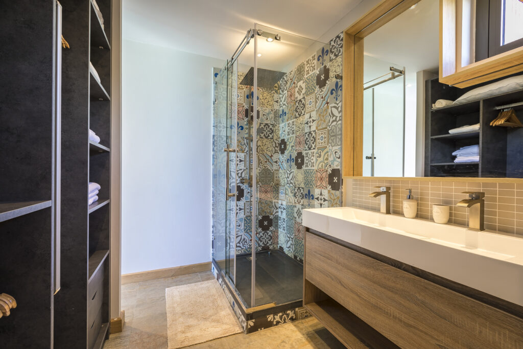 KotNor bathroom 2