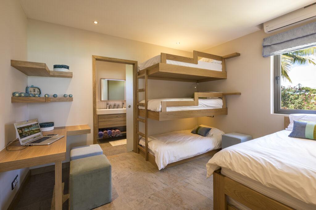 KotNor bedroom 4 beds