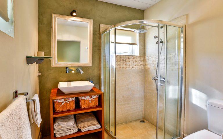 Bungalow_Merville_bathroom_2