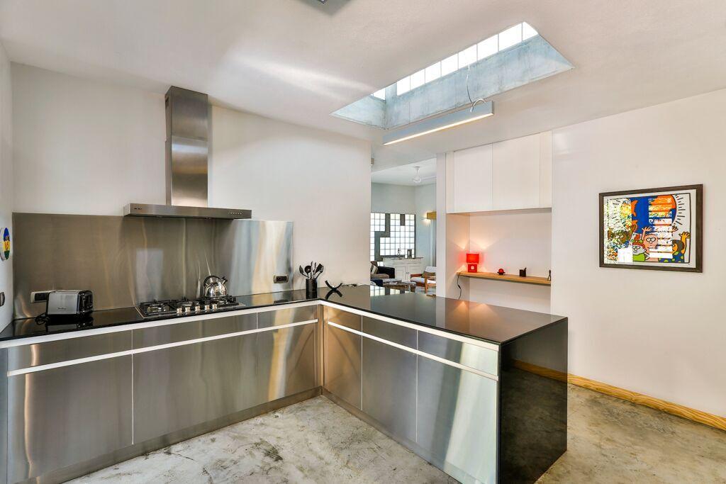 Casita-2-kitchen