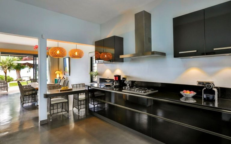 Casita-kitchen-2