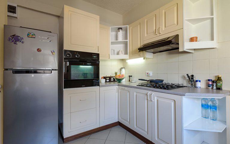 Coombes_019-kitchen