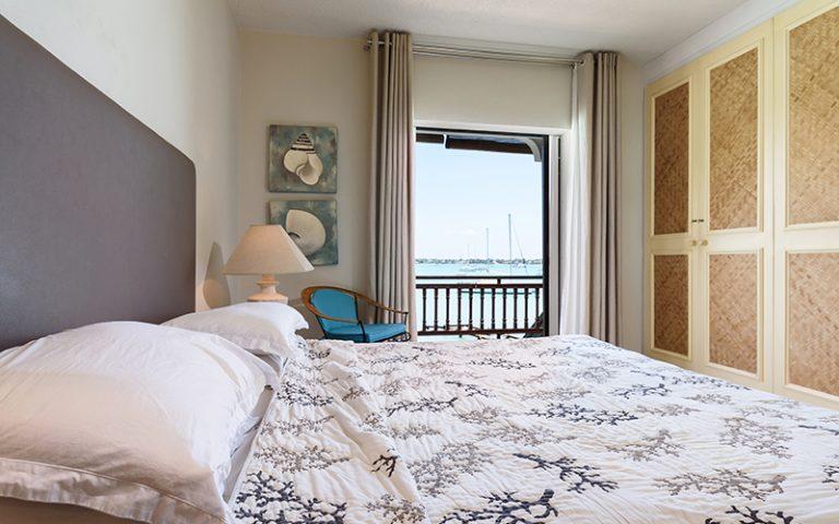 Coombes_023-bedroom