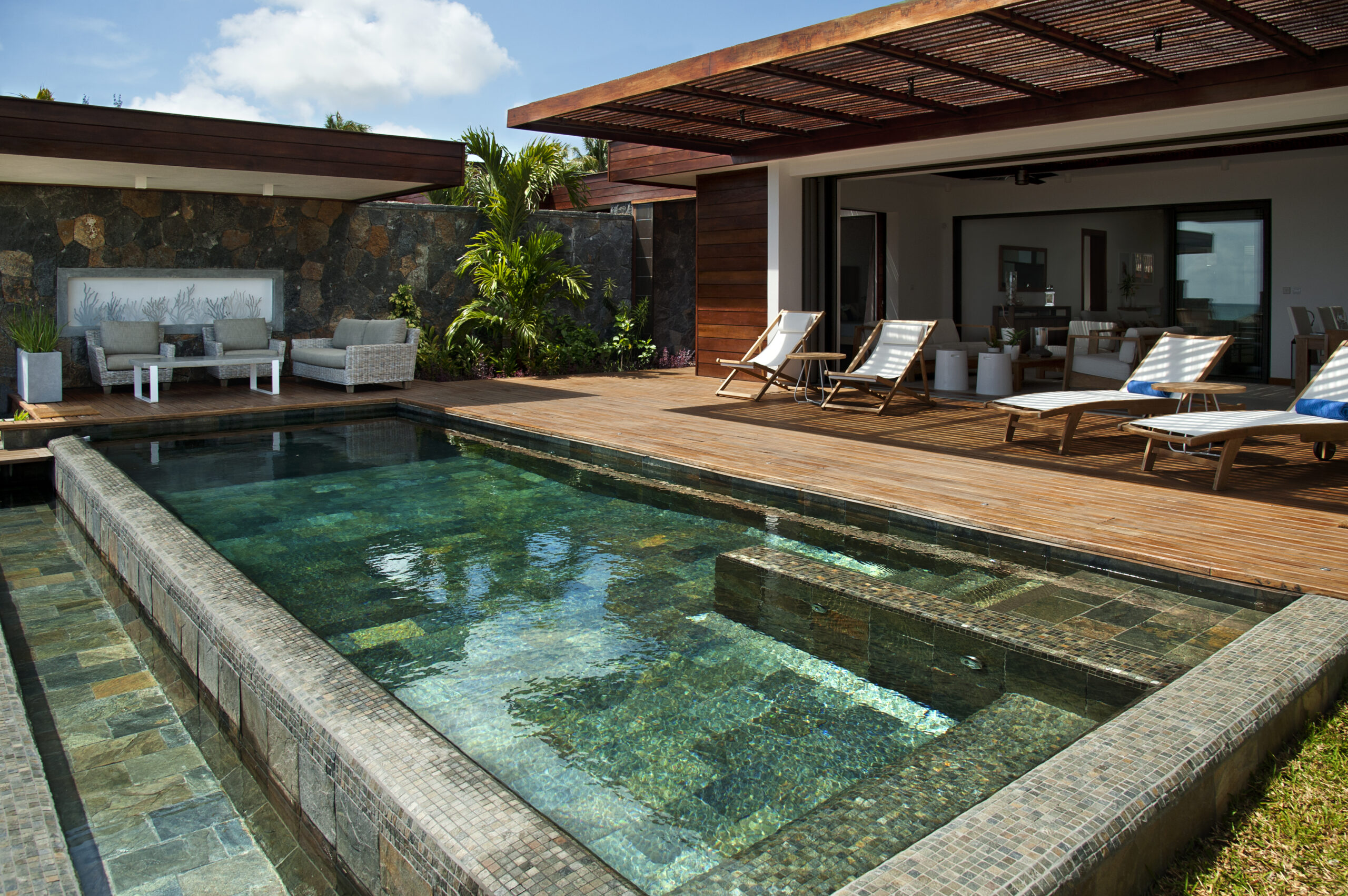Villa Coralie private pool 1