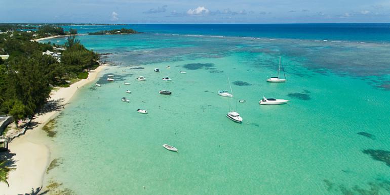 Dominique-drone-beach-1-