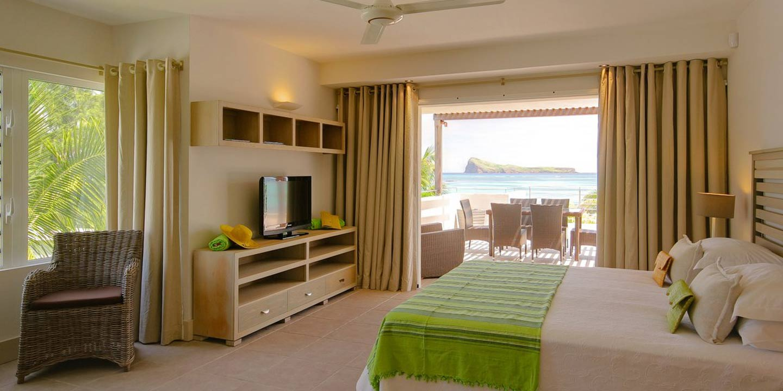 Gallery-Cape-Pointe-bedroom-master