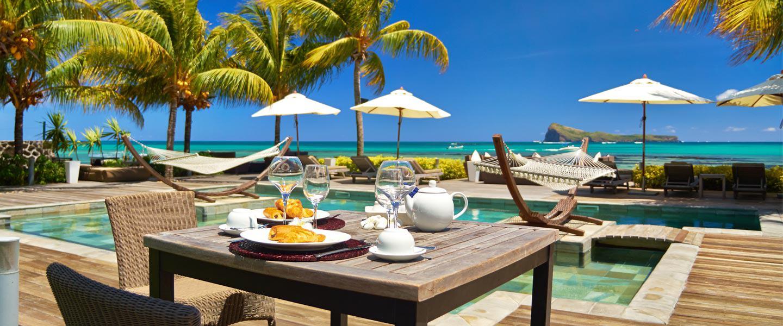 Header-SUIT-breakfast-pool_0