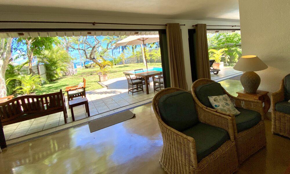 Villa Tropic 2 exit to pool area