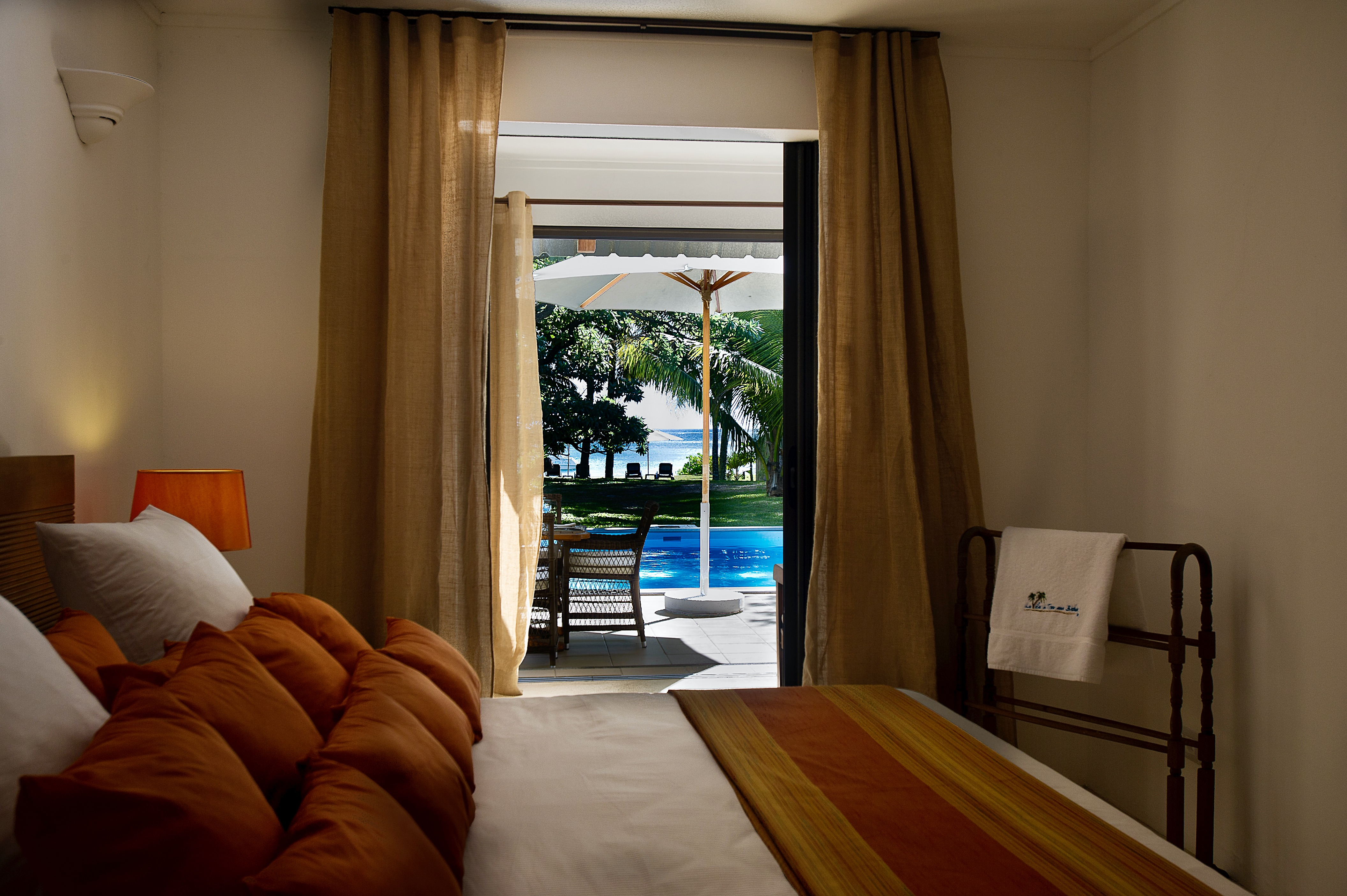 Villa Tropic 2 bedroom with pool and sea view