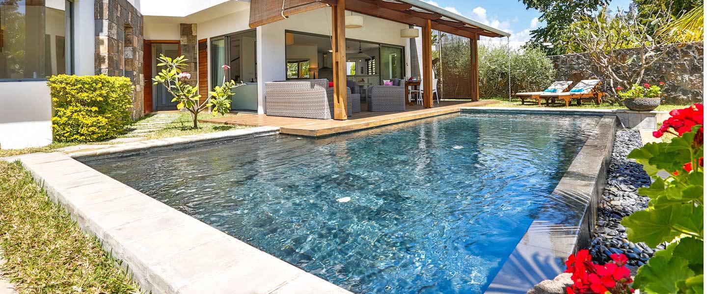 Les-Palmiers-pool-1