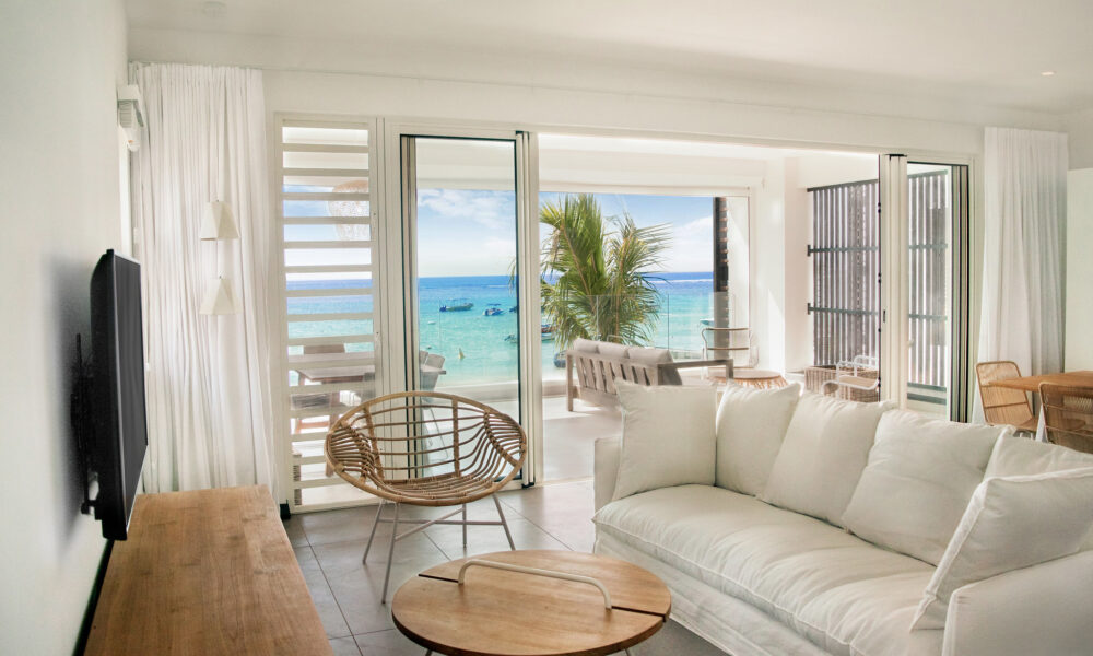 O'Biches first floor beachfront living