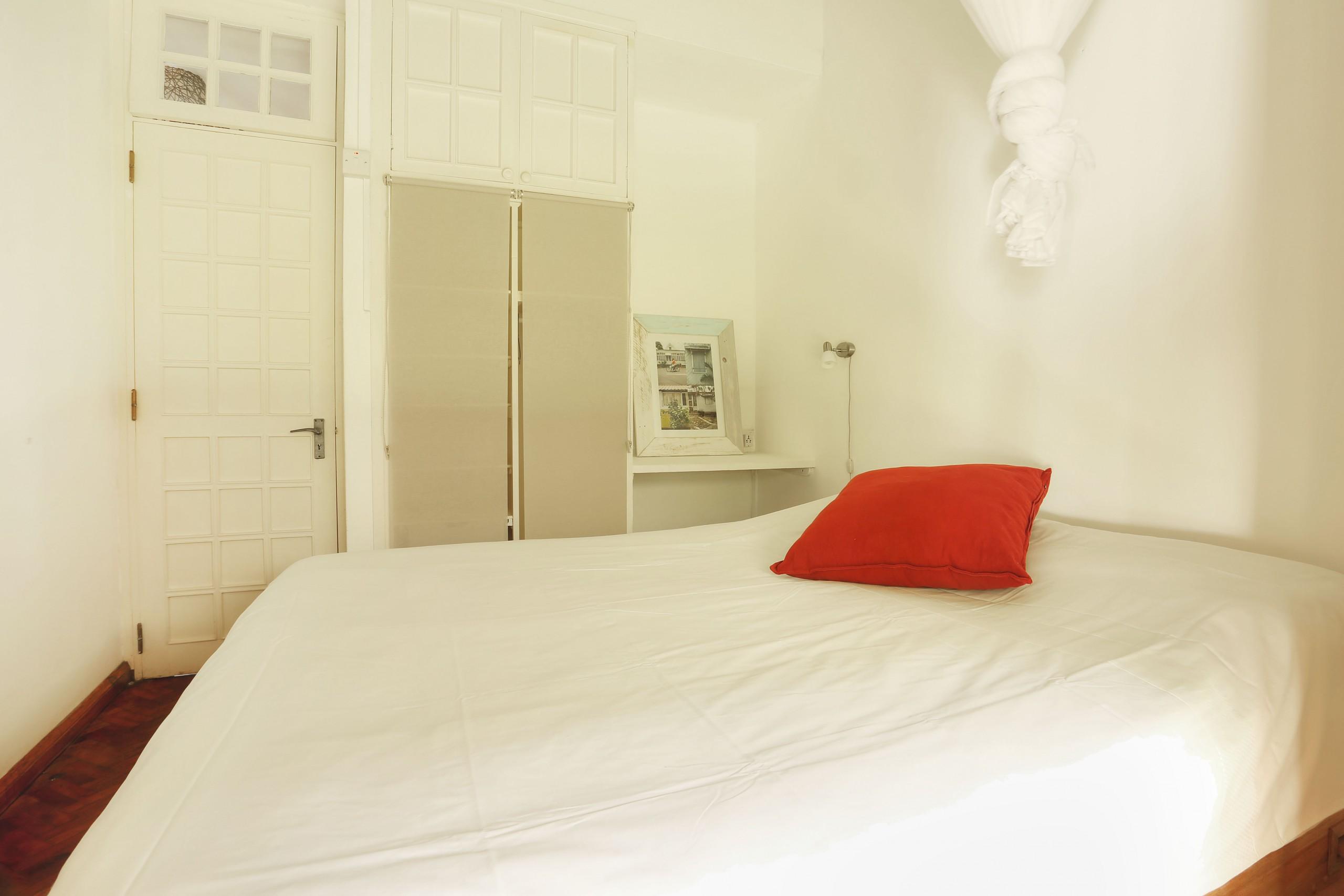 Samya-bedroom-4