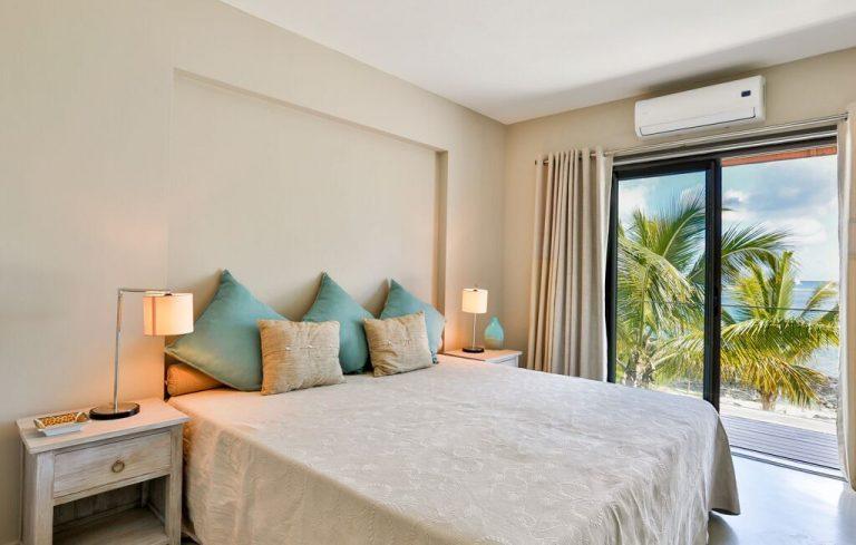 Villa-Azure-bedroom-4