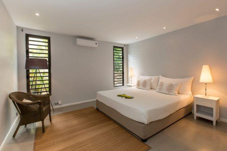 Villa-Azure-bedroom