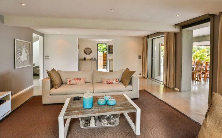 Villa-Azure-living-room