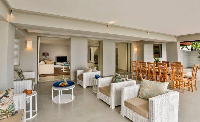 Villa-Azure-patio