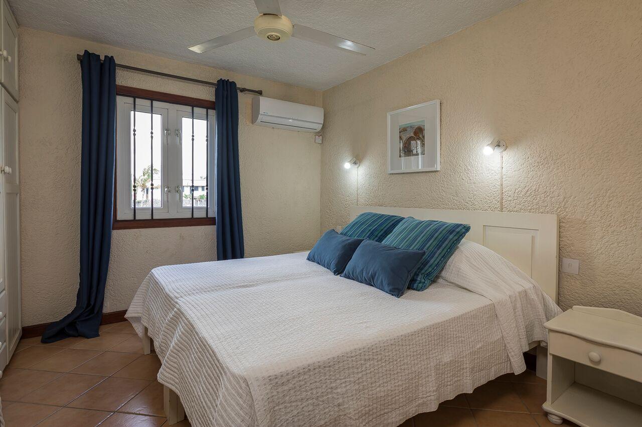 Villa-Merville-1-bedroom-2
