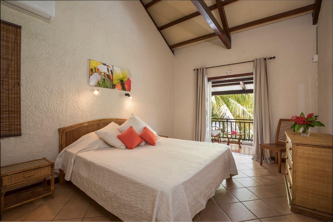 Villa-Merville-1-bedroom-4