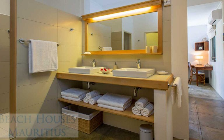 Villa-Stella-Maris-Gallery-bathroom-1
