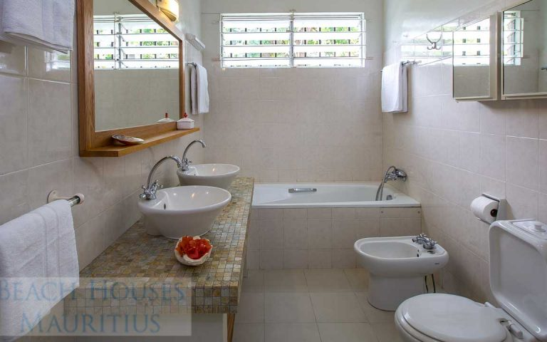 Villa-Stella-Maris-Gallery-bathroom-2