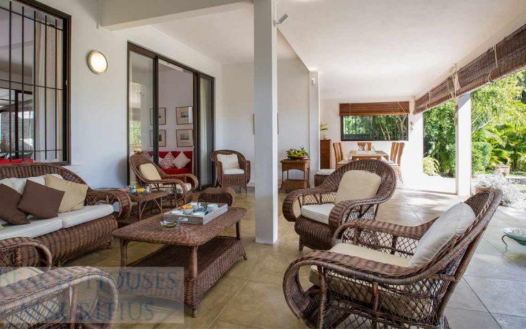 Villa-Stella-Maris-Gallery-verandah-