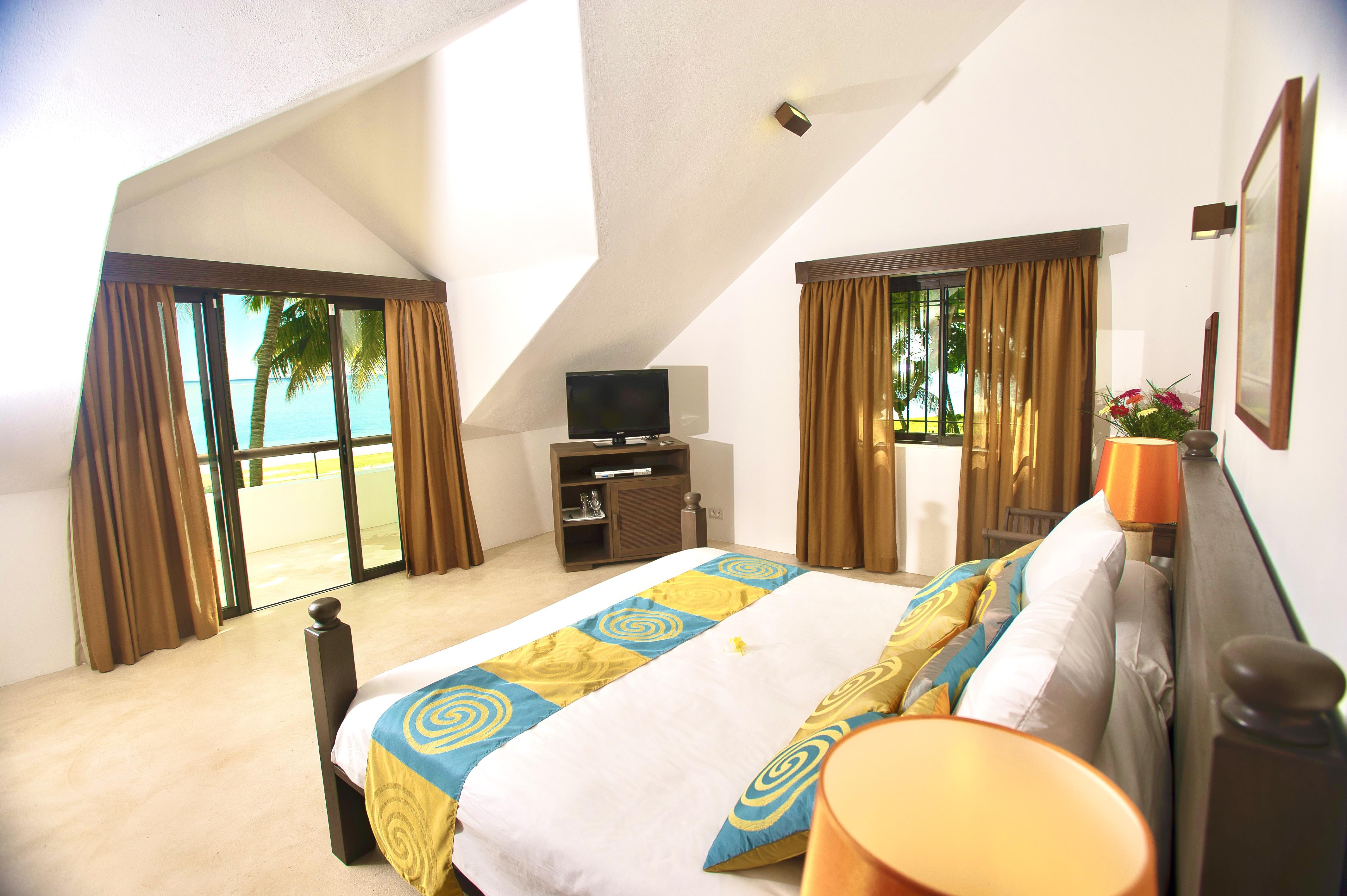 first floor bedroom sea view
