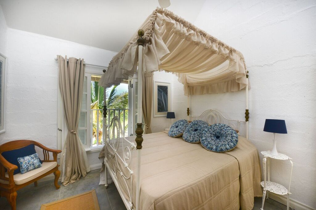 Villa-Virginia-bedroom-4
