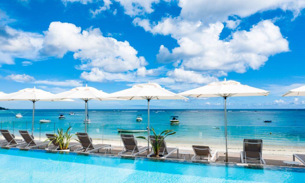 Deluxe Apartment Trou aux Biches pool beach
