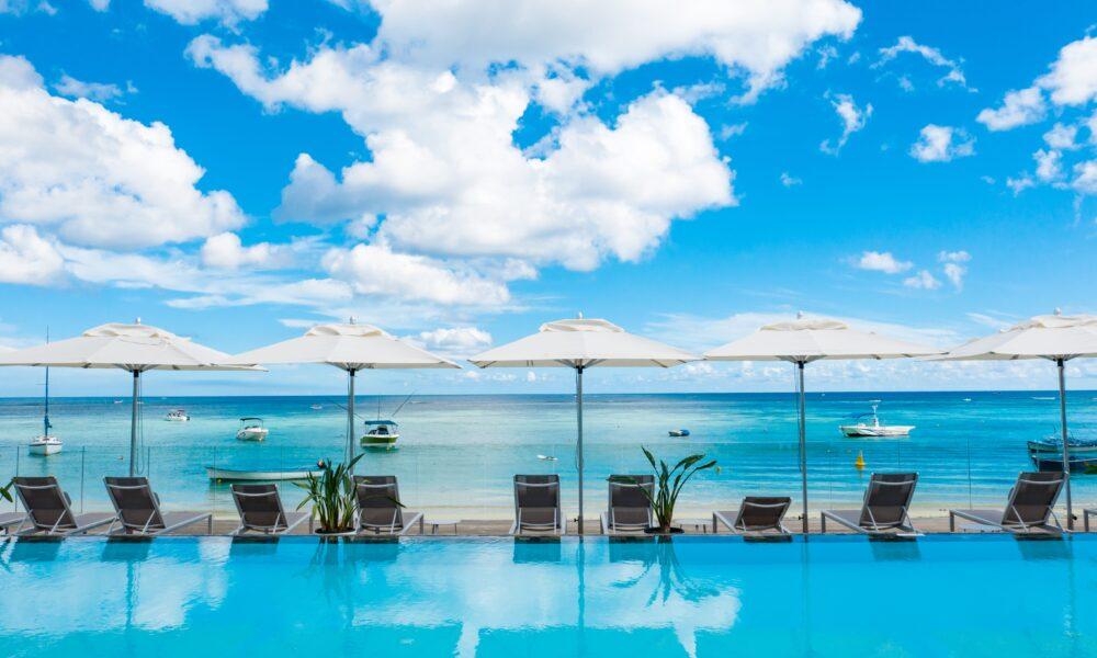Deluxe Apartment Trou aux Biches beach shared pool
